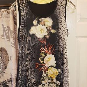 Tops - 🕸5 for $25🕸 Floral snakeskin tank top